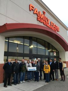 metro-family-fare_food-bank-donation_2016-11-30